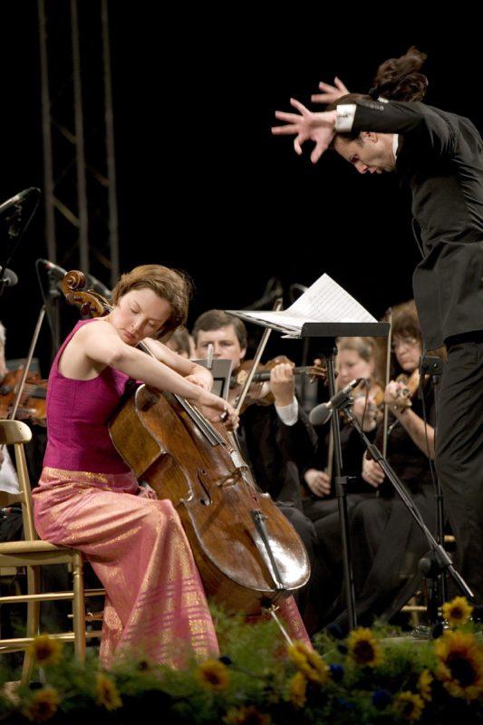 Nina Kotova with Teodor Currentzis: Photo by J. Henry Fair